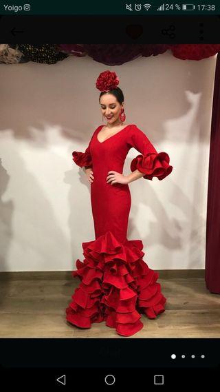 Traje de flamenca o sevillana