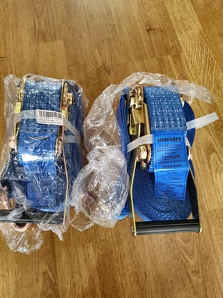 Loadsafe Ratchet straps set