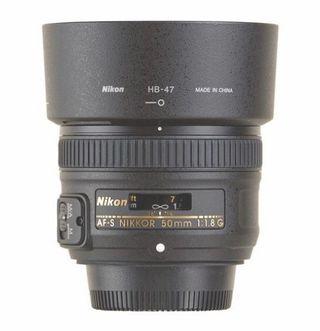 Alquiler Nikon 50 mm 1.8