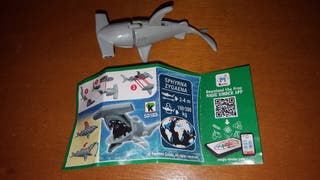 figura kinder SD182 +bpz natoons tiburón muñeco