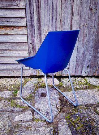 ENVIO-si silla blanca azul Viva de Actiu
