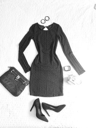 Elegante Vestido Pull & Bear blonda Negro Talla S