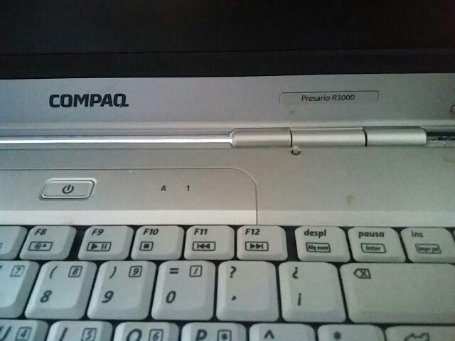 Ordenador portatil Compaq