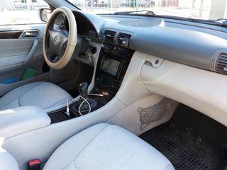Mercedes-Benz Clase C 220 Cid 2003