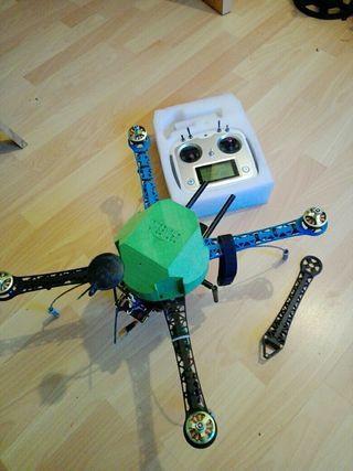 dron s550