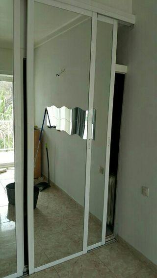 Puerta armario corredera espejo