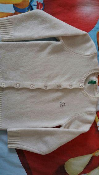 Rebeca niña de lana, 3-4a,beig de Benetton.