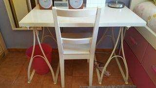 mesa caballete blanca y silla ikea