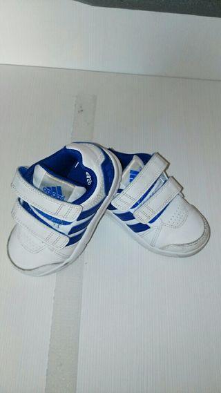 info for 803a9 56860 Zapatillas adidas niño