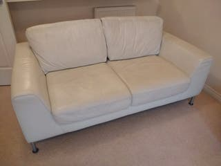 WHITE LEATHER SOFAS, POUFFE'S . EXCELLENT CONDITIO