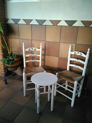 Alquiler mesa y sillas sevillanas