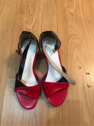 Sandalias casuales Rojas
