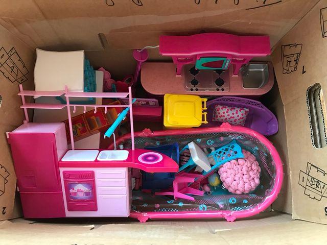 Pack muebles Barbie de segunda mano por 15 € en Santa Susanna - wallapop