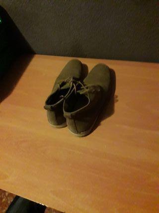 Zapatos chico