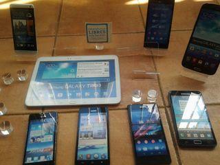 maquetas stand de Movil y tablet