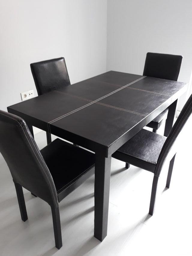 Conjunto mesa y sillas comedor de segunda mano por 180 € en Palencia ...