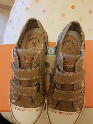 Zapatos de niño Pabloski t35 a estrenar