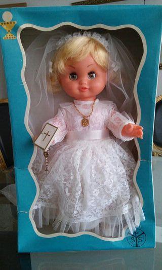 Muñeca de comunion vintage (45 años).