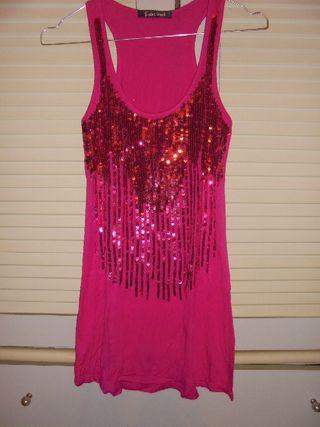 Maxi camiseta o mini vestido rosa con lentejuelas
