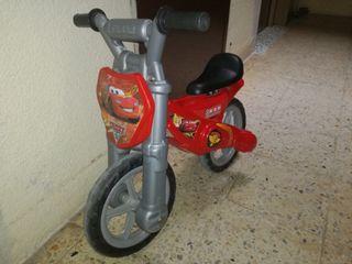 Bicicleta infantil sin pedales Rayo McQueen
