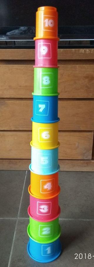 juguete torre apilable