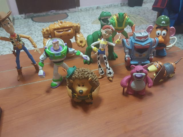 Coleccion toy story completa de segunda mano por 60 € en La Línea de ... 2097ed52470
