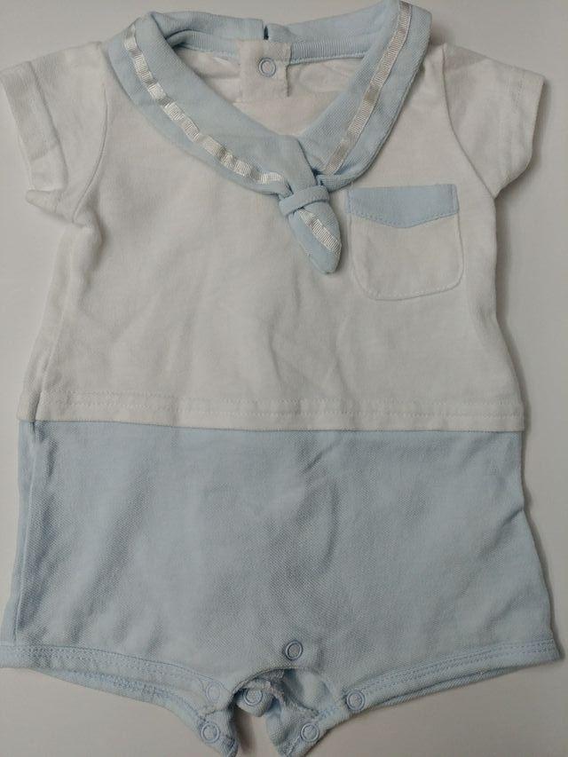 b32c2df71 Ropa bebé niño 3 meses verano de segunda mano por 4 € en Bilbao en ...