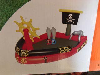 Barco pirata hinchable