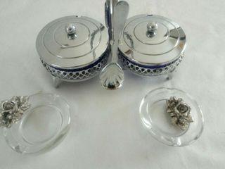 Azucarero mantequillero y 2 ceniceros de cristal