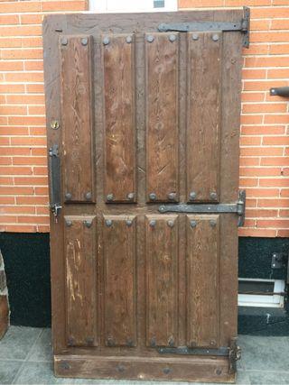 Puertas de madera r sticas de segunda mano en wallapop for Puertas de madera exterior de segunda mano