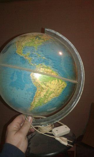 lampara bola mundo