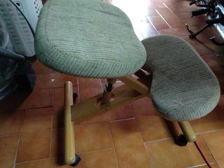silla sin respaldo espalda recta