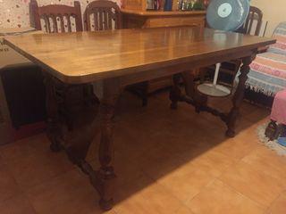 mesa salón en Valdepeñas, se puede trasladar