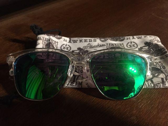 Gafas de sol hawkers de segunda mano por 15 € en Madrid en WALLAPOP