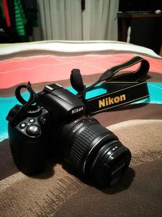 Cámara Reflex Nikon D5000