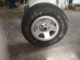 Ruedas Bridgestone A/T 225 75 R15 102T
