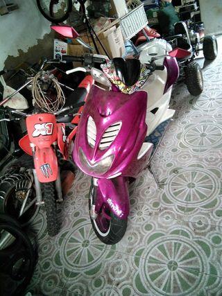 yamaha aerox y mini bike