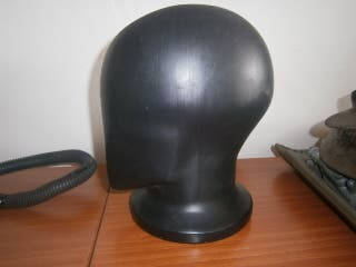 Busto cabeza color negro