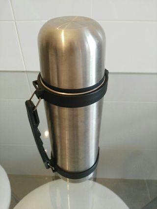 Termo acero inoxidable 750 ml.