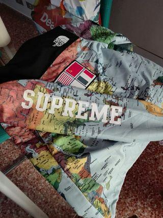 chaqueta supreme