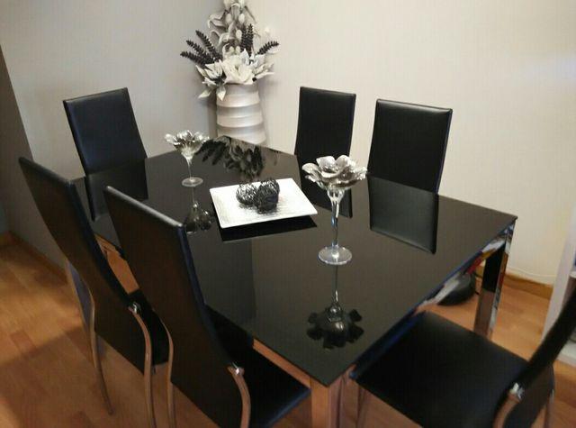 Mesa de comedor cristal negro(sillas no incluidas) de segunda mano ...