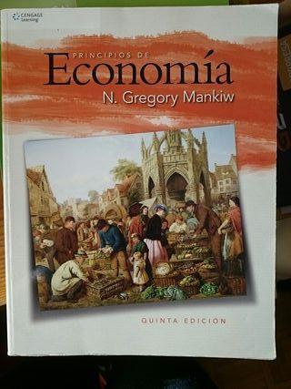 Libro de Principios de Economía Mankiw