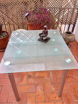 Mesa comedor de cristal extensible