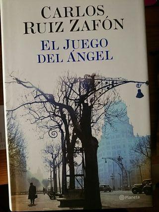 """Libro """"El juego del ángel"""""""