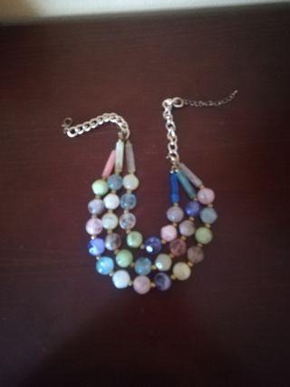 Collar perlas de colores