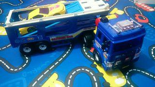 Camion juguettos con coche