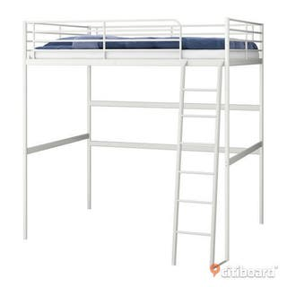 Cama alta Ikea blanca