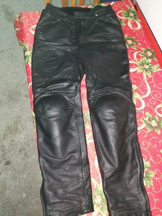 pantalón spidi cuero