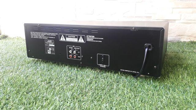 reproductor de cassette JVC modelo TD-W254K