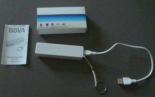 Batterie portable rechargeable 2200 Ah Blanc NEUF